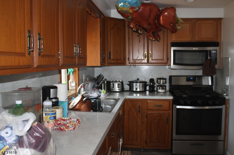 43 Lewis St Phillipsburg Town, NJ 08865 - MLS #: 3404303