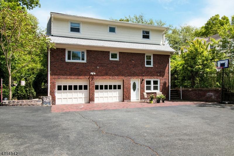 47 Division Ave New Providence Boro, NJ 07901 - MLS #: 3389515