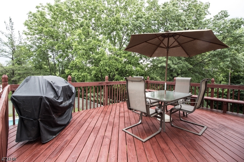 24 Valley Rd Sussex Boro, NJ 07461 - MLS #: 3397719