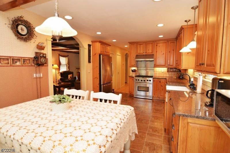 34 HIGHLAND AVE Stanhope Boro, NJ 07874 - MLS #: 3397720