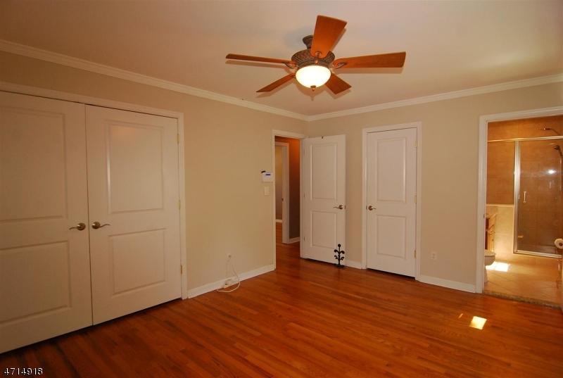 65 CRESTMONT RD West Orange Twp., NJ 07052 - MLS #: 3389521