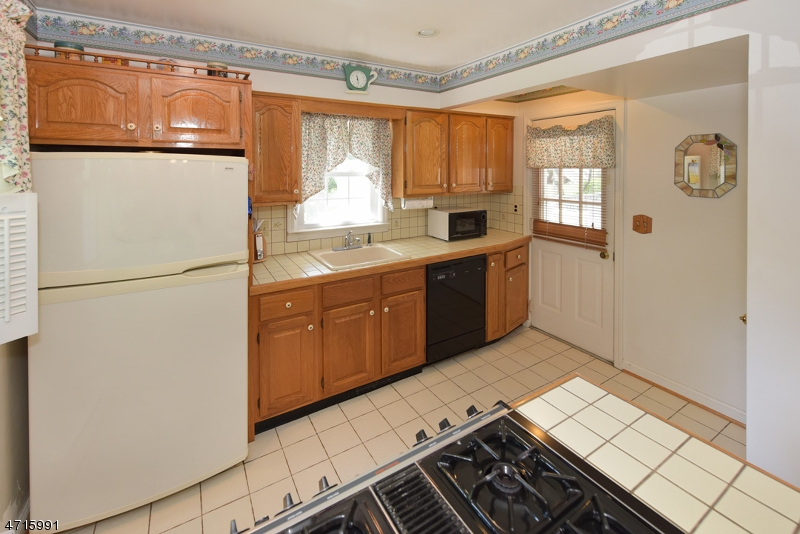 103 E Mahwah Rd Mahwah Twp., NJ 07430 - MLS #: 3389725