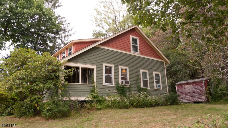 137 MOUNTAIN AVE Long Hill Twp., NJ 07933 - MLS #: 3389726