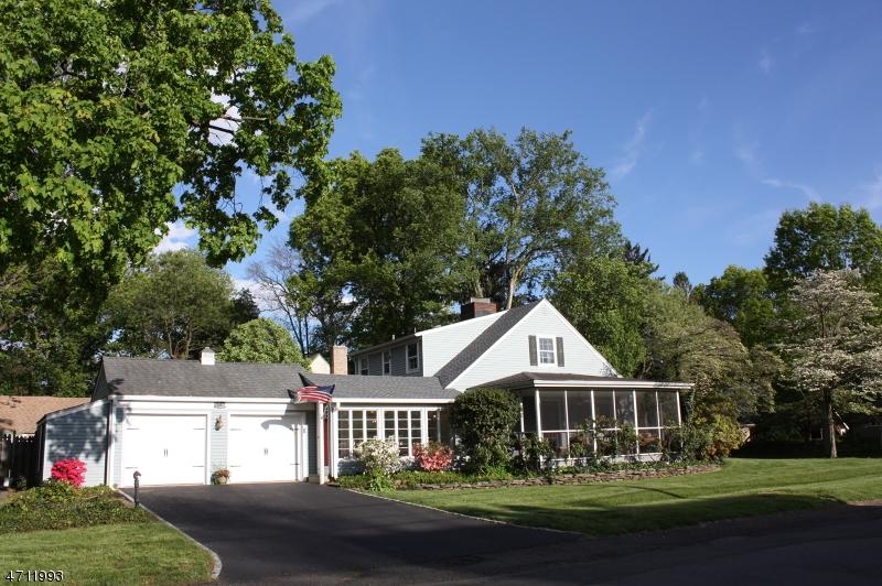 29 Chestnut St Bound Brook Boro, NJ 08805 - MLS #: 3397826