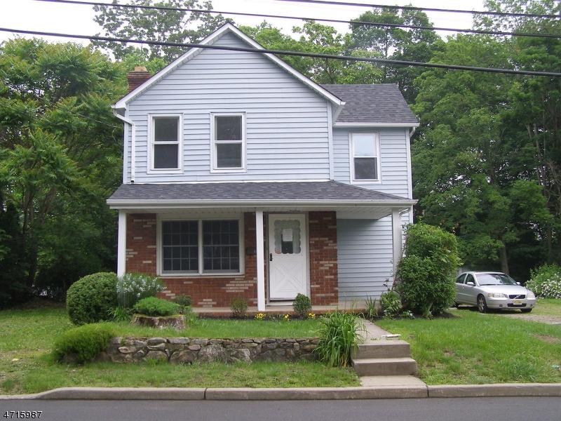34 Star Lake Rd Bloomingdale Boro, NJ 07403 - MLS #: 3389728