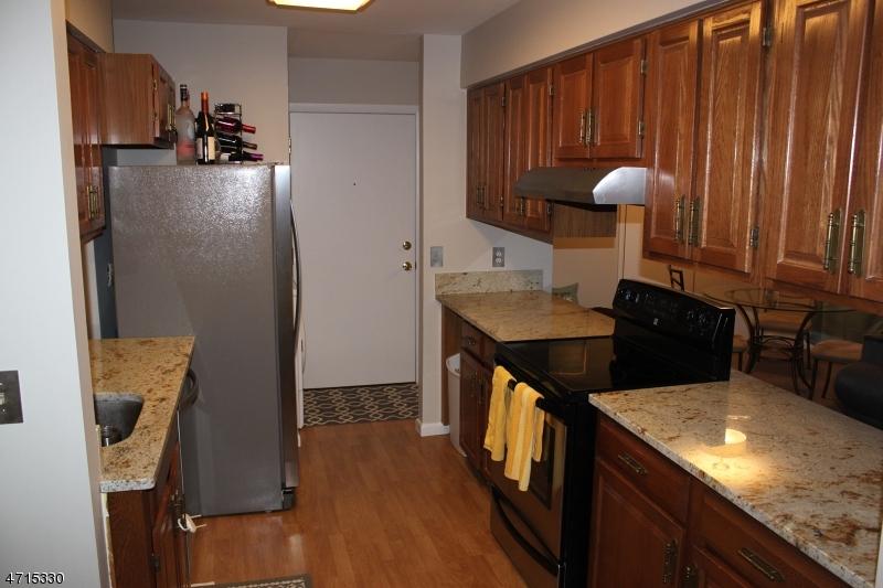 176 Chestnut St, C0302 Nutley Twp., NJ 07110 - MLS #: 3389429