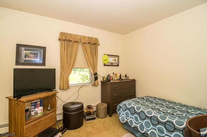 19 Allens Corner Rd Raritan Twp., NJ 08822 - MLS #: 3404229
