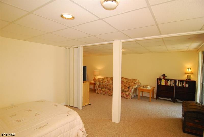 10 Woodmont Dr Randolph Twp., NJ 07869 - MLS #: 3389731