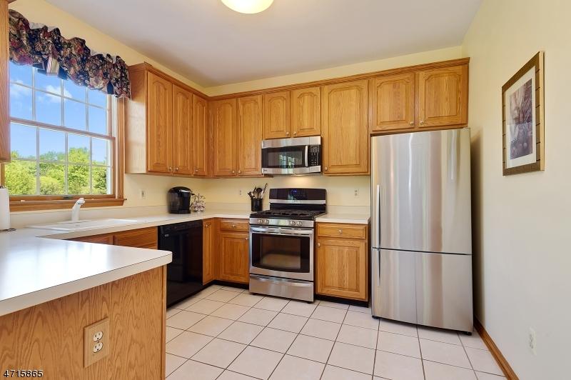 54 Brandywine Rd Montgomery Twp., NJ 08558 - MLS #: 3389632