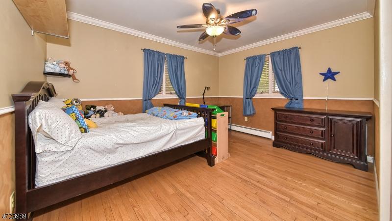 52 New York Ave Wayne Twp., NJ 07470 - MLS #: 3397839