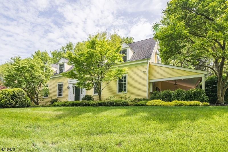 66 Hollow Brook Rd Tewksbury Twp., NJ 07830 - MLS #: 3389555
