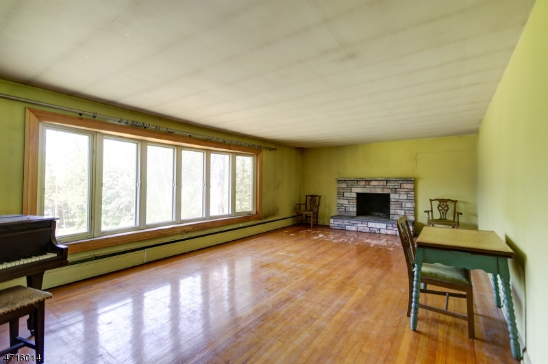 138 Mountain Ave Warren Twp., NJ 07059 - MLS #: 3389755