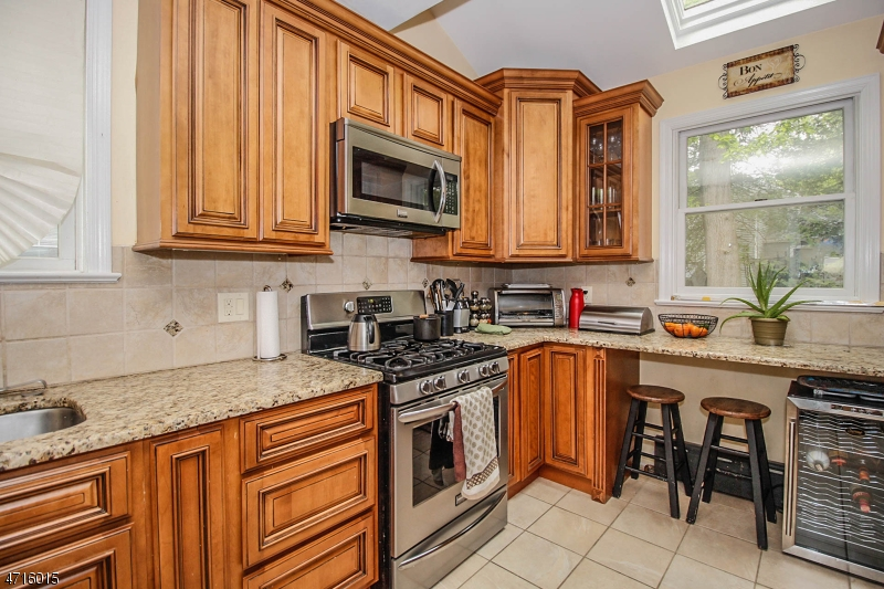 888 Townley Ave Union Twp., NJ 07083 - MLS #: 3389756