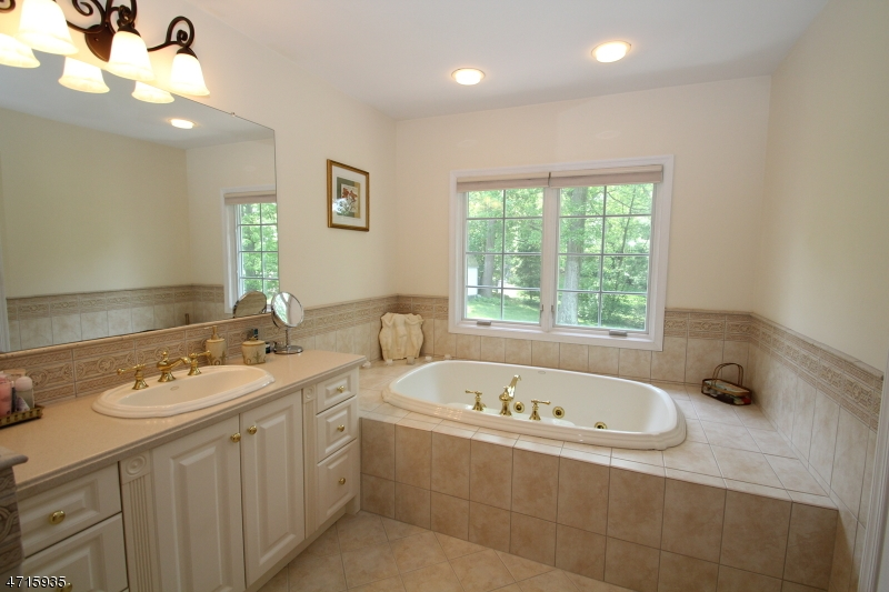 26 Green Hill Rd Springfield Twp., NJ 07081 - MLS #: 3389662