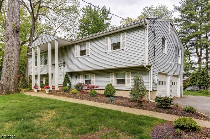 31 Cherry Hill Rd Livingston Twp., NJ 07039 - MLS #: 3389466
