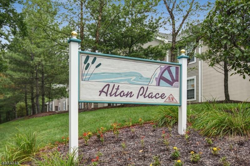 8 WOODCREST LN Clinton Town, NJ 08809 - MLS #: 3397767