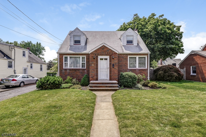 614 Willow Ave Roselle Park Boro, NJ 07204 - MLS #: 3397768
