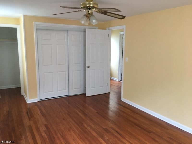 547 Hory St Roselle Boro, NJ 07203 - MLS #: 3389669