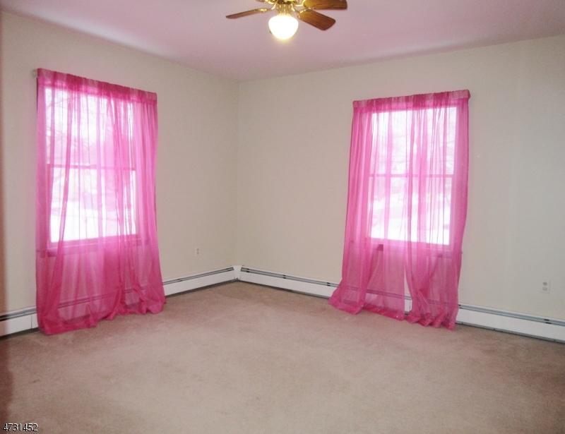 2 Della Ave Pequannock Twp., NJ 07444 - MLS #: 3404169