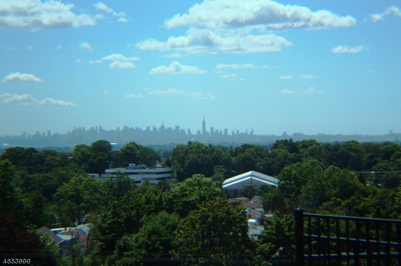 45 Brownstone Rd Clifton City, NJ 07013 - MLS #: 3389572
