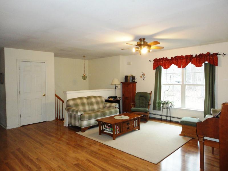 308 Knoll Rd Hampton Twp., NJ 07860 - MLS #: 3389474