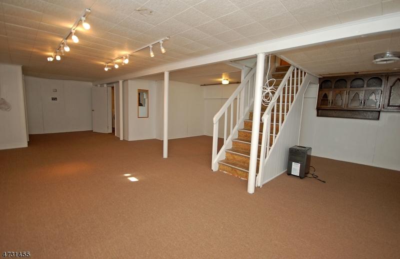 10 Radburn Rd Glen Rock Boro, NJ 07452 - MLS #: 3404176