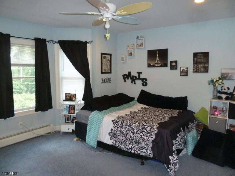 84 McKinley Pl West Milford Twp., NJ 07480 - MLS #: 3404179