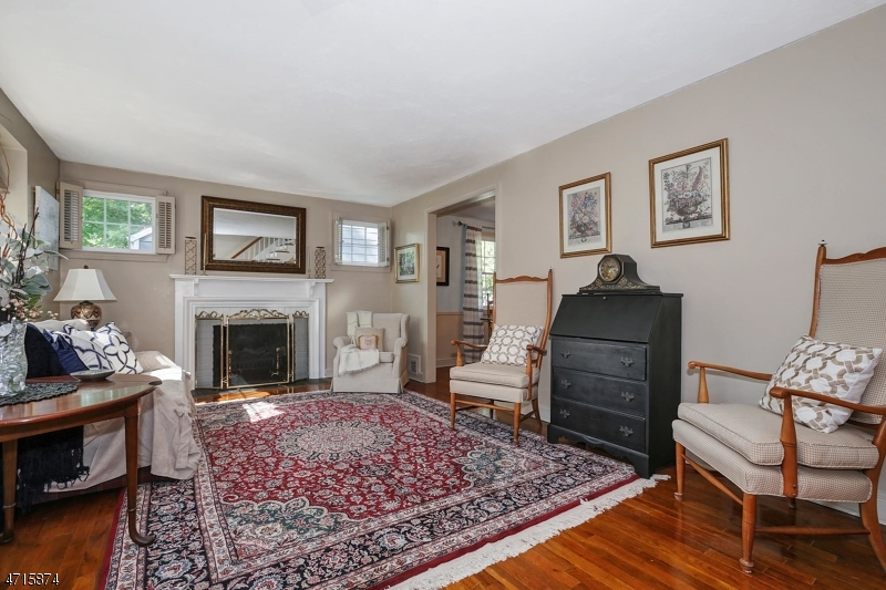 23 Laurel Pl Fanwood Boro, NJ 07023 - MLS #: 3389681