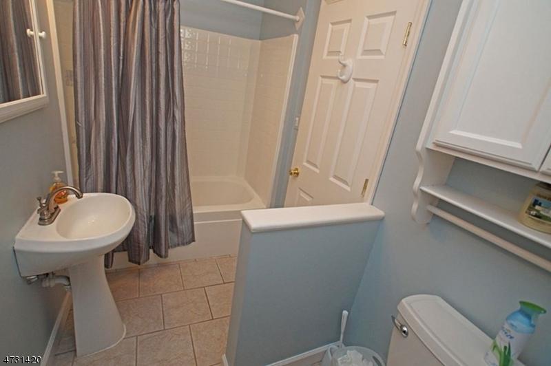 3 Slate Hill Rd Newton Town, NJ 07860 - MLS #: 3404186