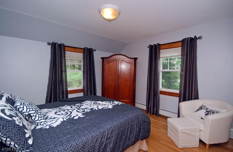 410 Parmley St Wyckoff Twp., NJ 07481 - MLS #: 3379793