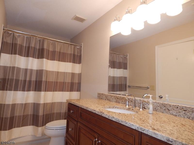32 Pheasant Brook Ct Bedminster Twp., NJ 07921 - MLS #: 3397793