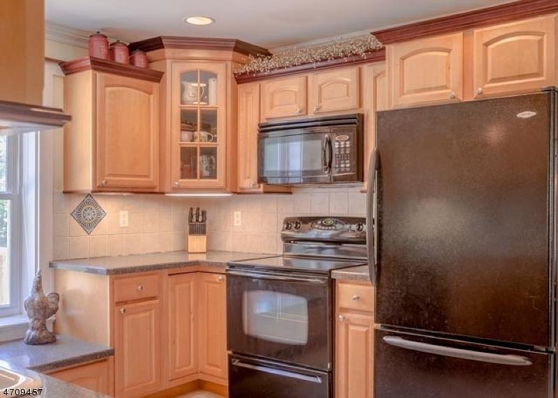 119 Philhower Ave Califon Boro, NJ 07830 - MLS #: 3389495