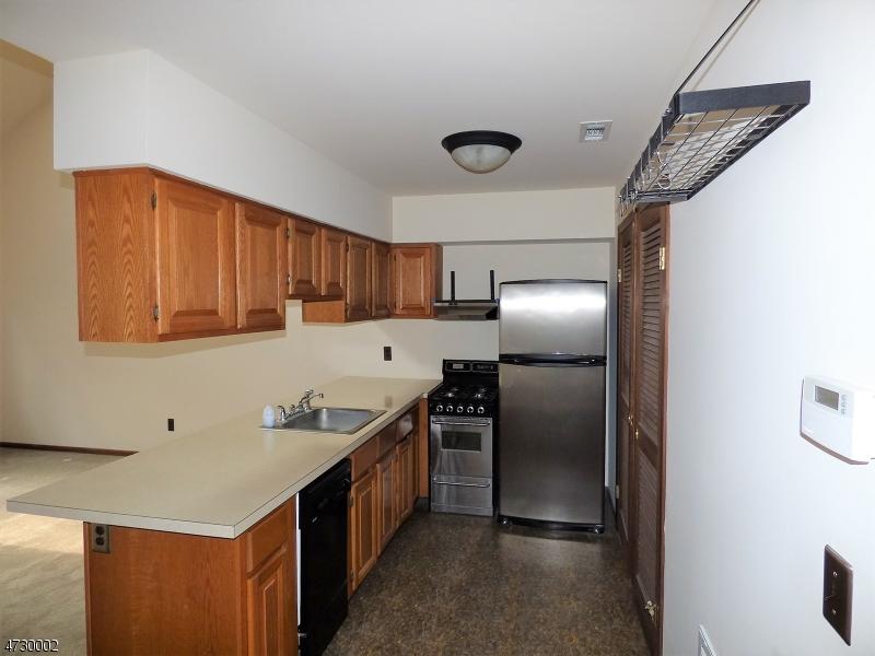 7 Deer Valley Ln, UNIT 6 Vernon Twp., NJ 07462 - MLS #: 3404295