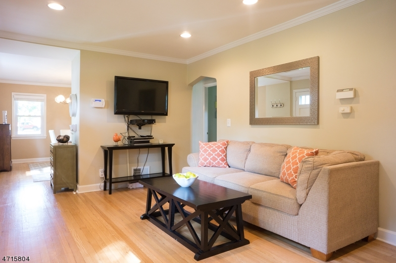 2340 Seneca Rd Scotch Plains Twp., NJ 07076 - MLS #: 3389697