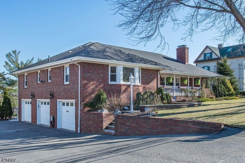 Clifton City                                                                      , NJ - $725,000