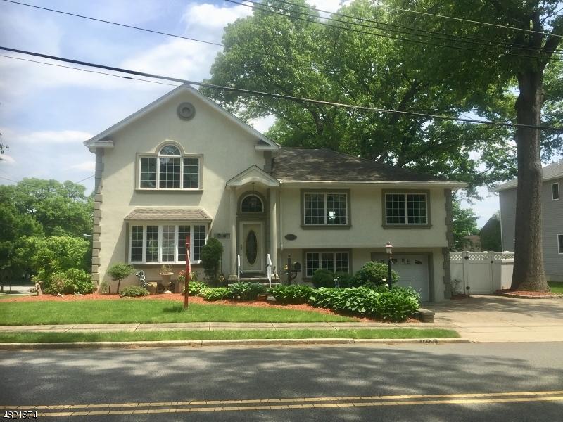 Fair Lawn Boro                                                                      , NJ - $649,900