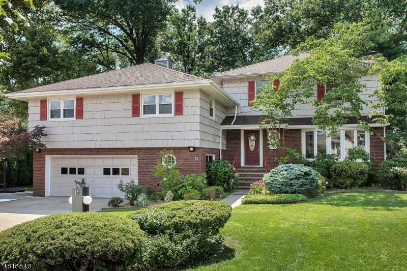 Clifton City                                                                      , NJ - $719,000
