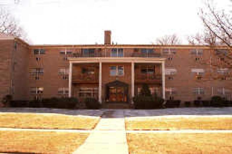 Roselle Co-op Condo Townhouse