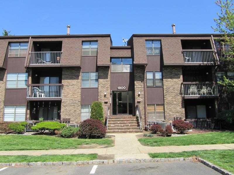 East Windsor Co-op Condo Townhouse