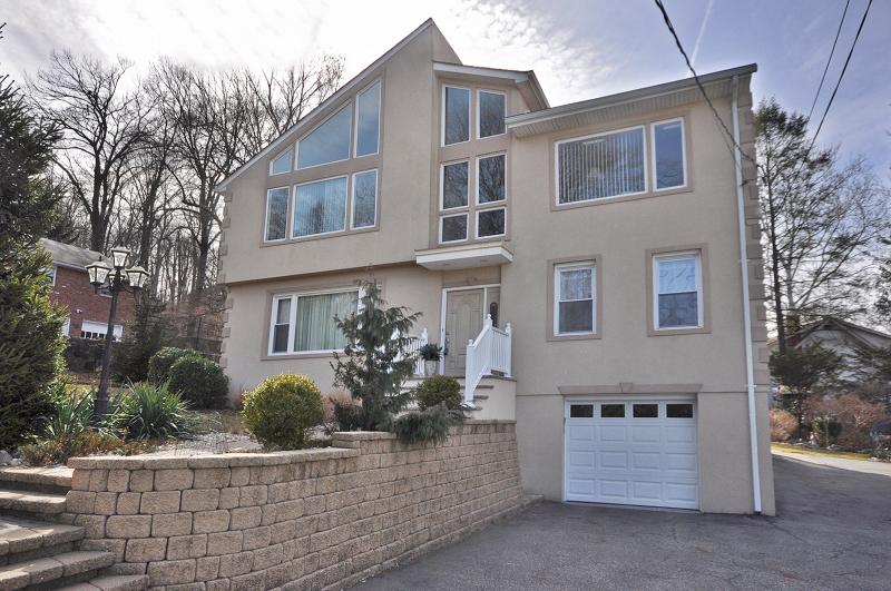 North Caldwell Real Estate