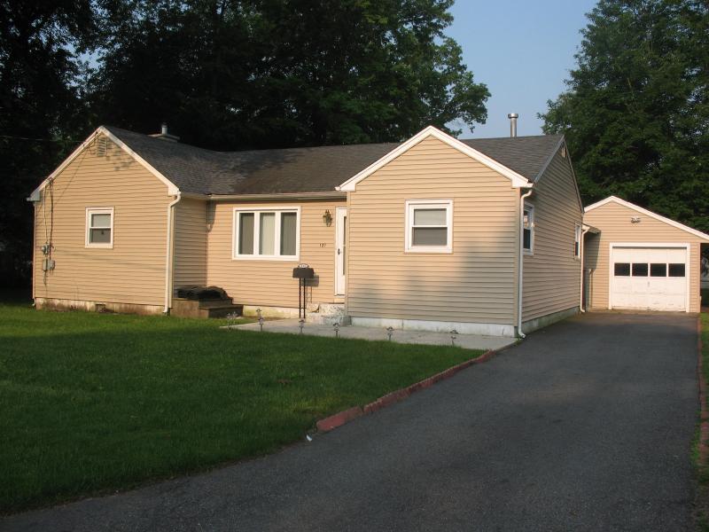 Long Hill Homes