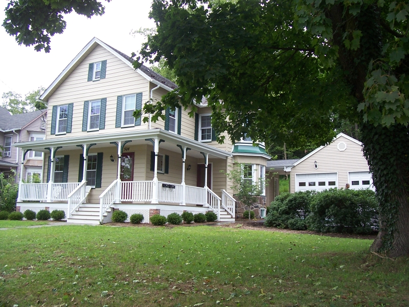 Clinton Town Home