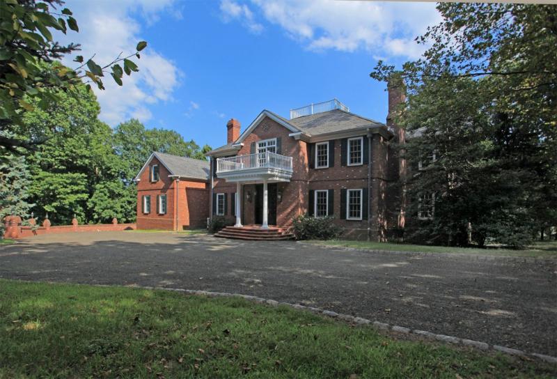 Tewksbury Home