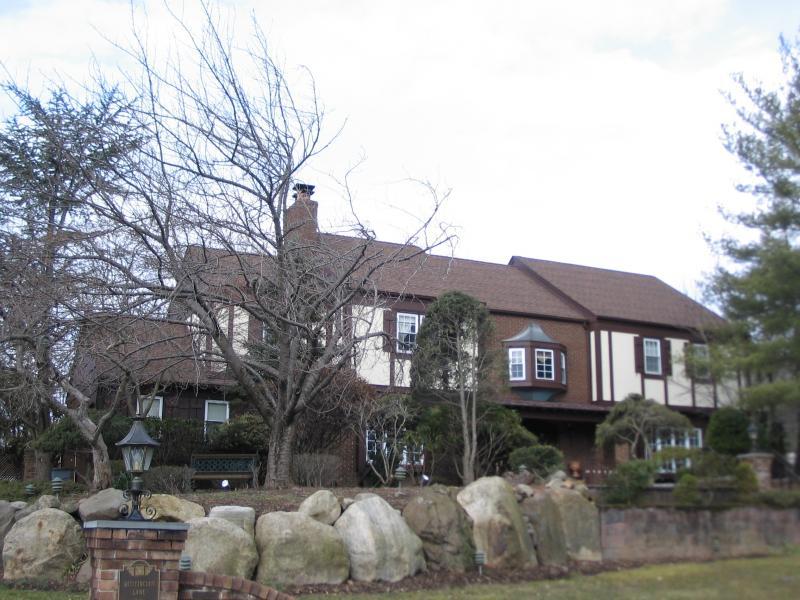Roseland Home
