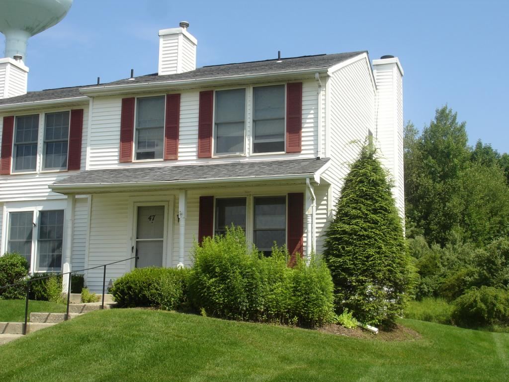 Franklin Boro Co-op Condo Townhouse