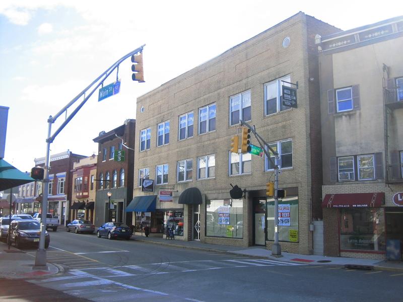 Коммерческий для того Продажа на 718 Main St - Lower left Boonton, Нью-Джерси 07005 Соединенные Штаты