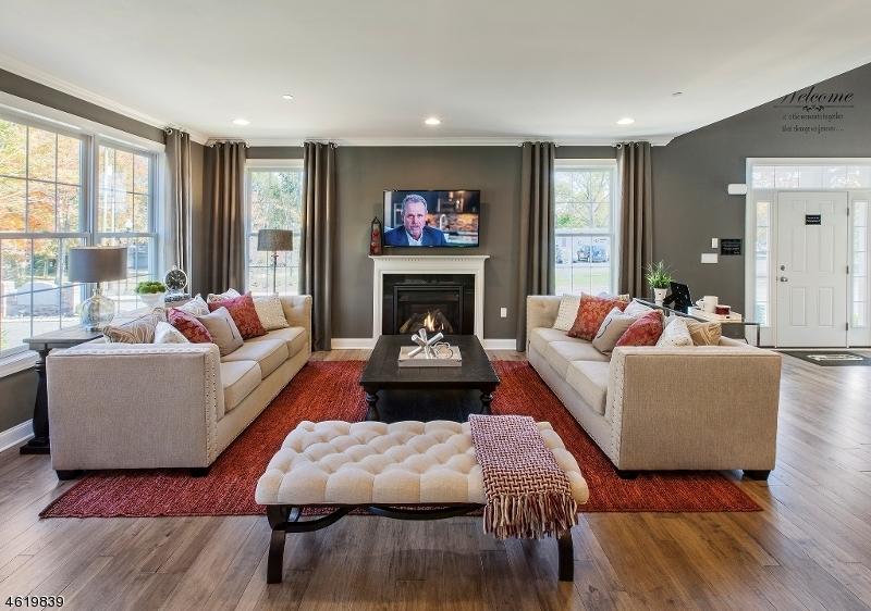 Additional photo for property listing at 8 Autumn way  Montvale, Nueva Jersey 07645 Estados Unidos