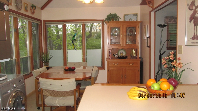 Additional photo for property listing at 31 LAURIE Road  Landing, Нью-Джерси 07850 Соединенные Штаты