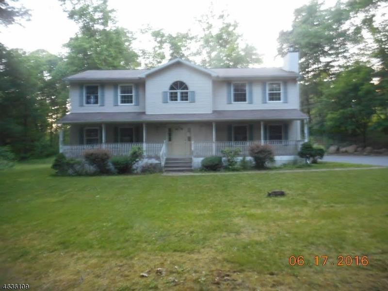 Частный односемейный дом для того Продажа на 34 Firetower Road Budd Lake, Нью-Джерси 07828 Соединенные Штаты