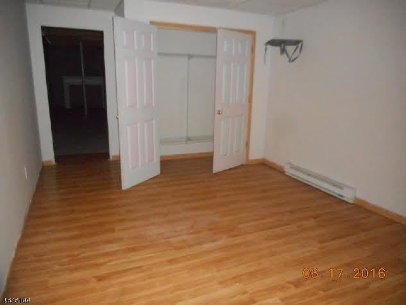 Additional photo for property listing at 34 Firetower Road  Budd Lake, Нью-Джерси 07828 Соединенные Штаты